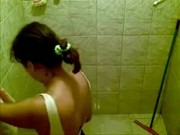 Espiando a la hermana en la ducha