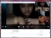 Me muestra las tetas por Skype para que ma la jale