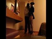 Dama cachonda seduce a mesonero del Mexicali