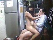 Complaciente morrita de 18 se coge a su jefe en el cibercafe