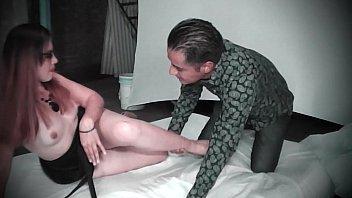 Mayte Sexx es una linda psicologa que se coje a sus pacientes