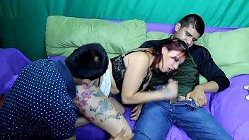 Wey comparte a su novia Dana con su carnal (trio de hermanos)